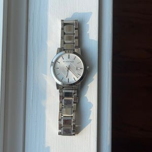 Burberry The City Engraved Check Men's Watch 38mm